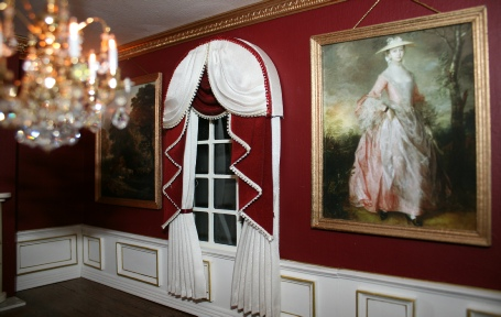 TH Bespoke Miniatures - Dolls House Curtains